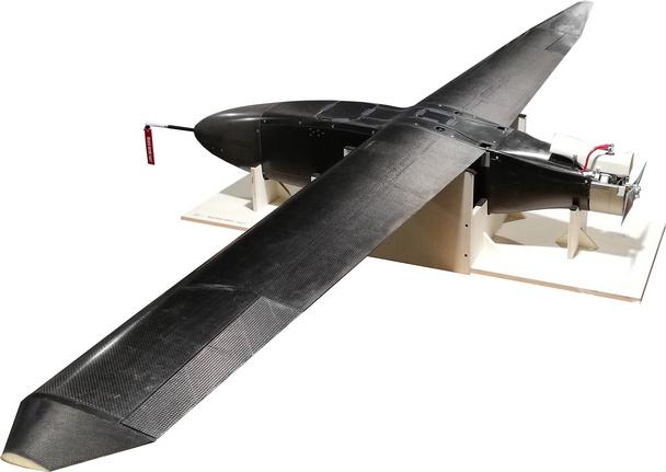 Kohlefaser-Flugzeug-600